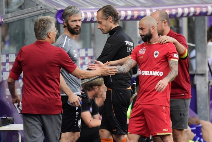 Antwerp-spelers dwongen zelf tactische bijsturing af tegen Anderlecht, maar Bölöni blijft de baas