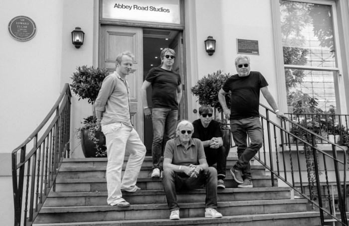 """Tribute-groep reconstrueert vijftig jaar oude Beatles-plaat 'Abbey Road': """"Paul McCartney is op de hoogte"""""""