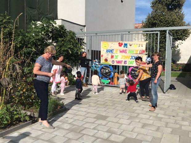 Ook de allerkleinsten steunen klimaatactie Speelhuis Elief in Berchem