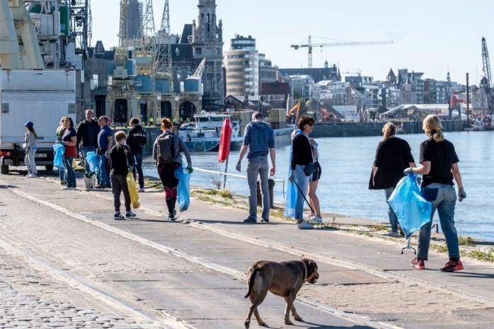"""Honderden vrijwilligers ruimen afval op in Antwerpen: """"Dit is de nieuwe BOB-campagne"""""""