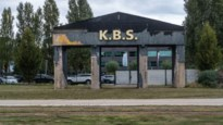 """Berchem Sport speelt eerste thuiswedstrijd in mineur: """"We hebben zelfs nog geen toiletten achter de nieuwe staantribune"""""""