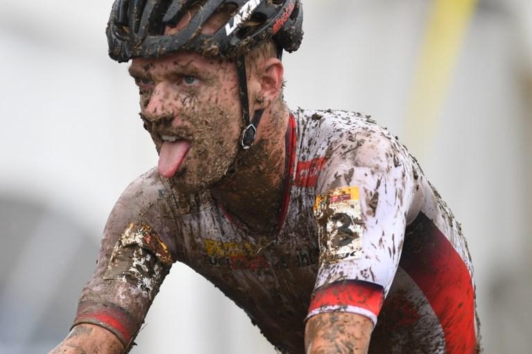 IJzersterke Eli Iserbyt wint ook loodzware én spectaculaire Wereldbekercross in Waterloo