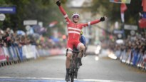 WK wielrennen: Deen Mads Pedersen is verrassende winnaar, Belgen ontgoochelen