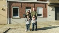 """Wij keken naar 'Steenrijk Straatarm': """"Een ongecensureerde klets in het gezicht voor mensen die het met veel minder moeten stellen"""""""
