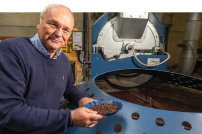 """Generatie zes staat klaar bij koffiebranderij St-Michel: """"De paus nam onze koffie mee naar Rome"""""""