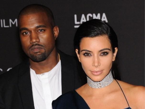 Kim Kardashian doopt haar kinderen… zonder Kanye