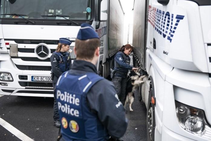 Trio aangehouden in Arendonk op verdenking van mensensmokkel