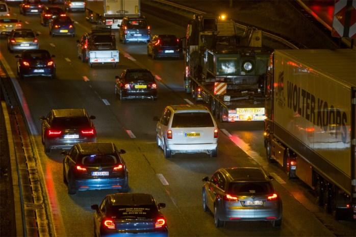 Moeilijke ochtendspits rond Antwerpen door verschillende ongevallen