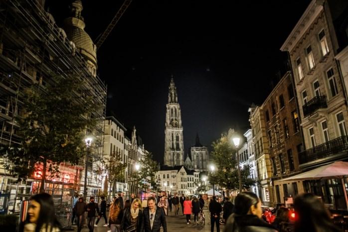 Hier dooft Antwerpen de verlichting voor Nacht van de Duisternis