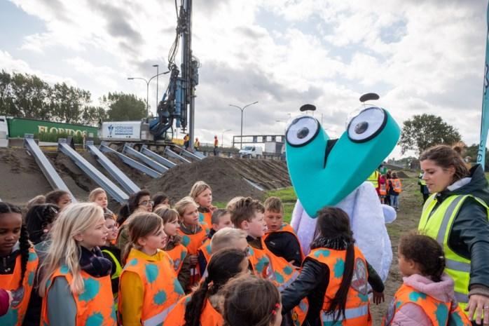 Live-demonstratie op Oosterweelwerf voor leerlingen Sint-Martinus