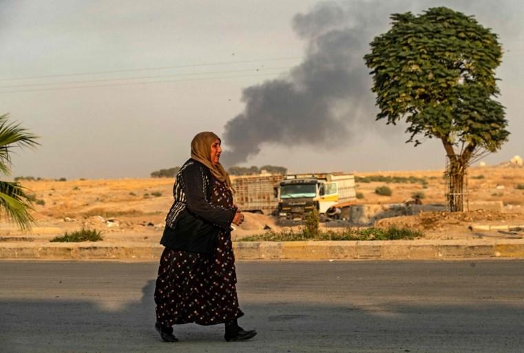 Al vijftien doden bij Turkse inval in Syrië, VN-Veiligheidsraad komt straks met spoed samen