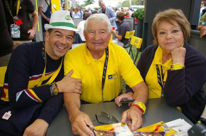 """Echtgenote Poulidor over toestand Franse wielerlegende: """"Voorbereiden op slecht nieuws"""""""