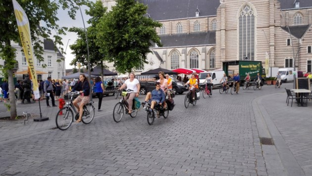 """Nieuw mobiliteitsplan zet fietser op eerste plaats: """"Centrum van Geel dient niet om door te rijden"""""""