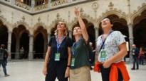 IN BEELD. Wandelaars krijgen primeur van gerenoveerde Handelsbeurs