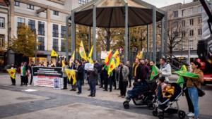 Opnieuw protesteren Koerden op Groenplaats tegen aanvallen van Turkije in Syrië