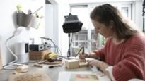 Tekenen met vuur: Eef Michiels creëert interieurobjecten met pyrograaf