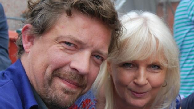 Acteur Ben Segers en zangeres Mieke brengen duet in 'plat Oarendoenks'