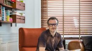 Zo ziet de woning van modeontwerper Tim Van Steenbergen er langs binnen uit