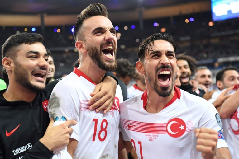 EK KWALIFICATIES. Turken provoceren na gelijkspel in Frankrijk, Oekraïne klopt Portugal en is verrassende groepswinnaar