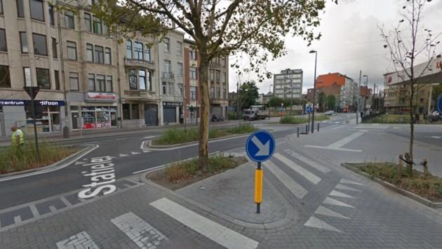 """Districtsraad verzamelt aan Turnhoutsebaan om heraanleg aan te kaarten: """"Dit is een gemiste kans"""""""
