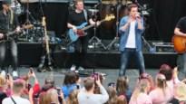 Niels Destadsbader speelt nieuwe liedjes voor het eerst live in Wijnegem