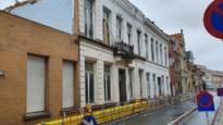 Walburgstraat nog een week afgesloten voor auto's door instortingsgevaar bouwval
