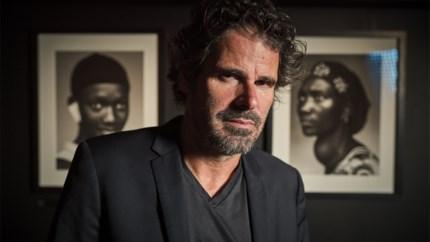 FotoMuseum huldigt Stephan Vanfleteren met eerste overzichtstentoonstelling