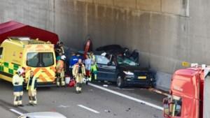 Dodelijk ongeval op A12: bestuurder had gsm nog in hand