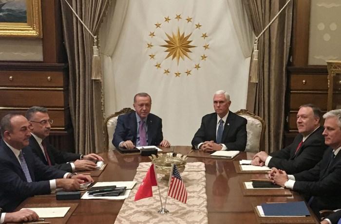 """VS en Turkije bereiken akkoord over wapenstilstand in Syrië: """"Miljoenen levens zullen worden gered"""""""