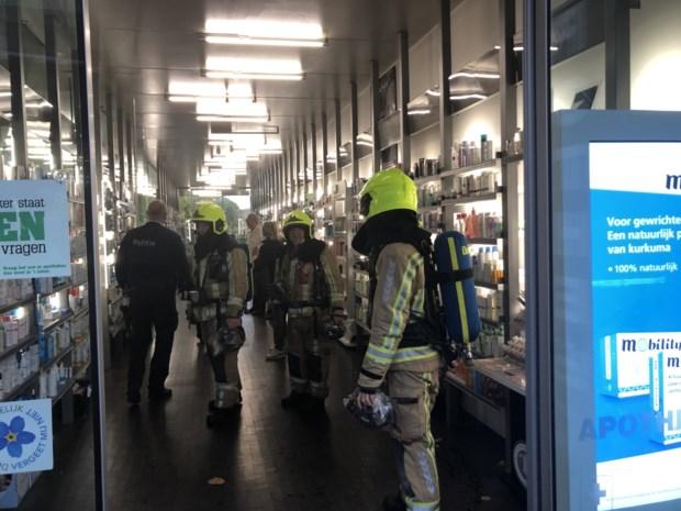 Vreemde gasgeur duikt op in apotheek na zware regenbui