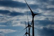 Gemeentebestuur stelt advocaat aan in strijd tegen windmolens en belooft steun aan actiegroepen