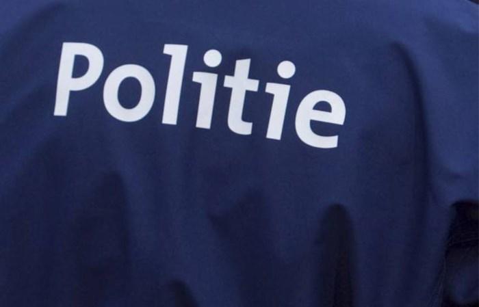 Politie neemt auto in beslag: bestuurder rijdt zonder rijbewijs en verzekering