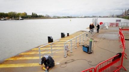 Voortaan hekken rondom ponton Steenplein