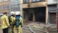 Brandweerman gewond bij brand in garage op Herentalsebaan