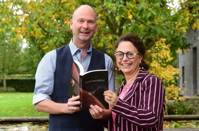 """Topwetenschappers helpen debuterend auteur met sciencefictionboek: """"Dit had ik niet verwacht"""""""