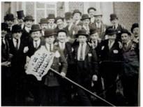 Tweede leven voor koor: Mannen met bolhoeden zijn Vroolijke Westelaren