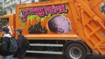 Graffiti van personage 'wtFOCK' siert vuilniswagen