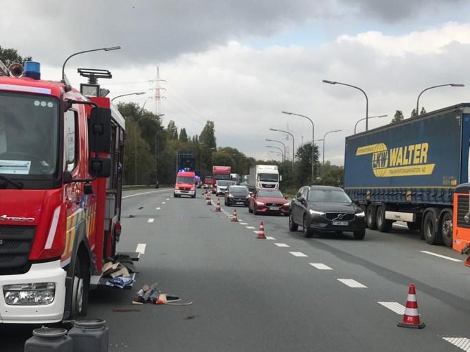 Verkeershinder door brandstofspoor op A12 richting Antwerpen