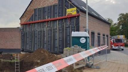 Woning onbewoonbaar verklaard na verzakking door nieuwbouw in aanbouw