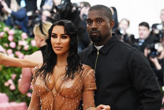 Kanye West geeft Kim Kardashian voor haar verjaardag verrassend cadeau van 1 miljoen