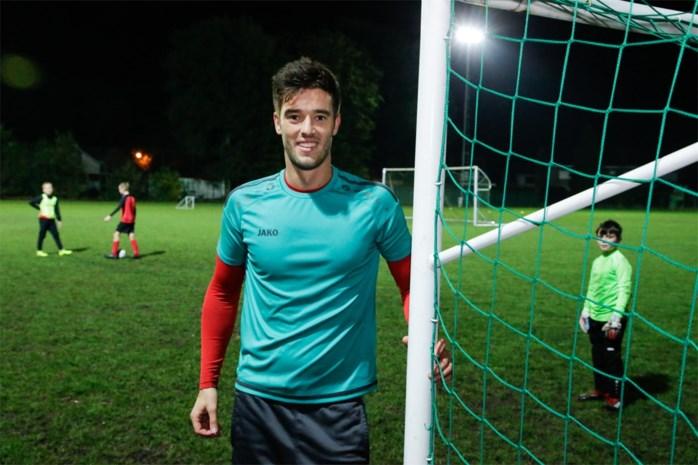 """Middenvelder van eersteprovincialer Antonia kijkt uit naar komst Racing Mechelen: """"Ik kom uit een familie van KV-supporters"""""""