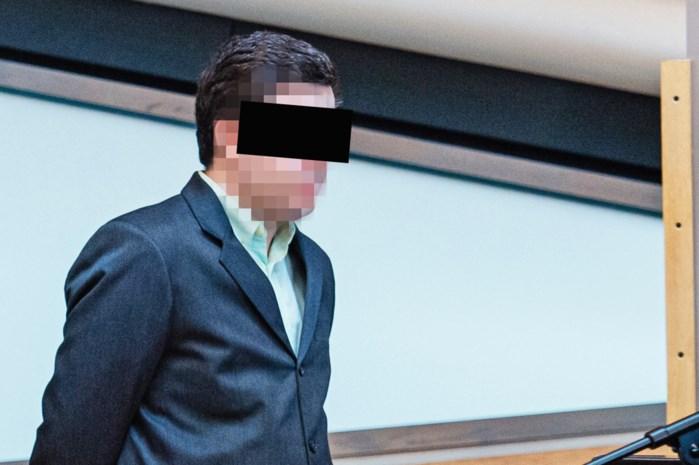 ASSISEN. Jonny Van den Broeck kreeg tijdens gevangenisperiode 9 tuchtverslagen, onder andere voor poging doodslag