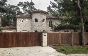 'Koning van het lachgas' zit achter de tralies: imposante villa in Poppel in beslag genomen