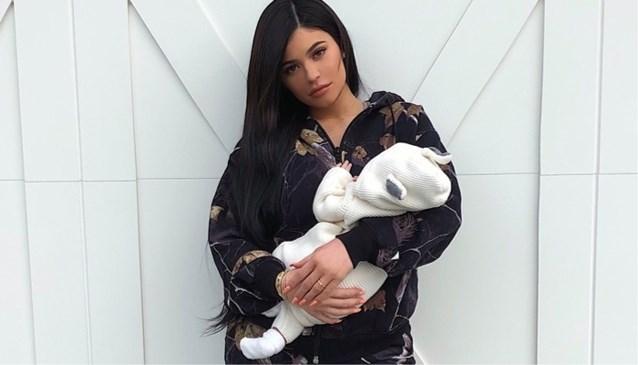 Kylie Jenner deelt nooit eerder vertoonde foto van tijdens zwangerschap