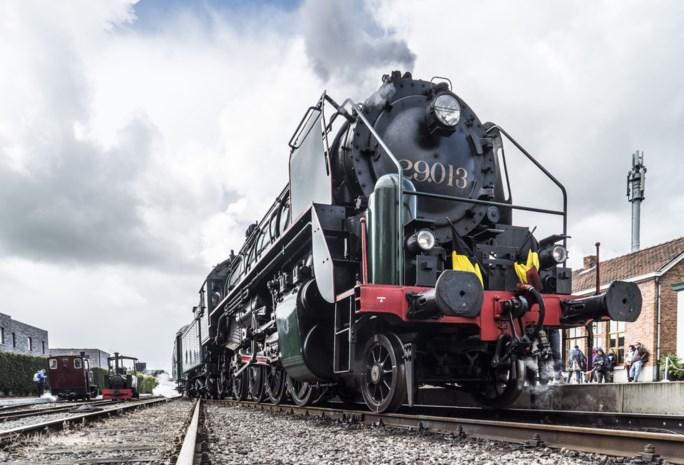 Stoomtrein dendert weer tussen Brussel en Mechelen