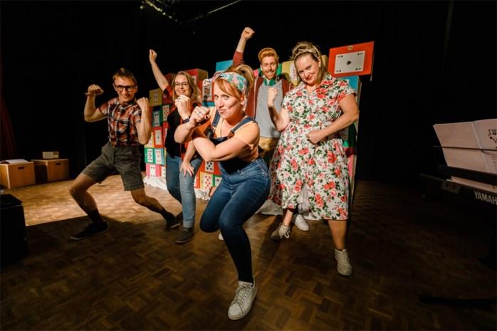 """Theater Bank Vooruit probeert nieuwe voorstelling voor goede doelen uit in 't Dorp: """"Kinderen zijn kritische toeschouwers"""""""