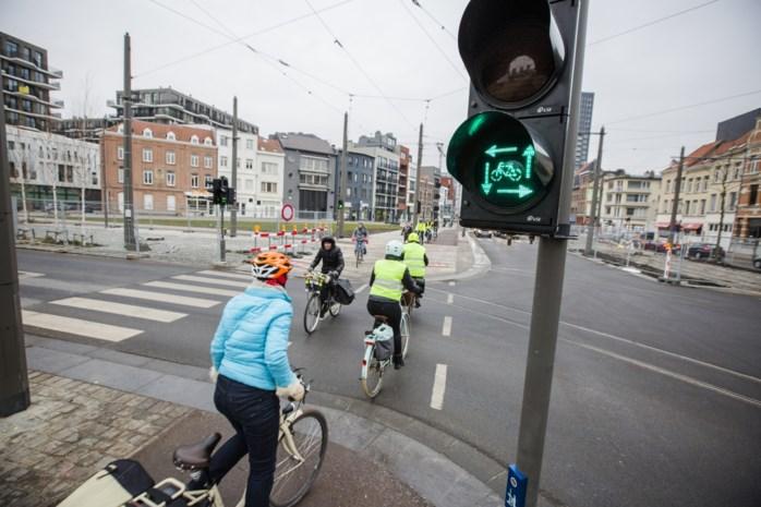 Antwerpen stopt met 'vierkant groen' voor fietsers door onduidelijke wegcode