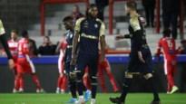 Shame on you, zingen de Antwerp-fans na vierde nederlaag, Bölöni blijft onder druk staan