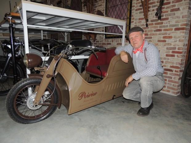 Cois verhuist unieke collectie oude rolstoelen naar nieuwe exporuimte