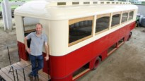 Muzikale kroegentocht met feestbus uit jaren vijftig